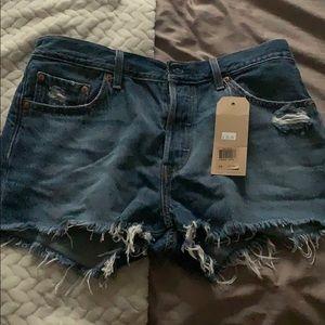 Brand new never worn levi jean shorts